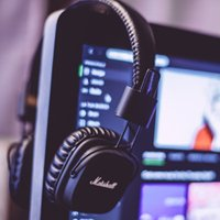 How the Music You Listen to at Your Desk Impacts Your Productivity