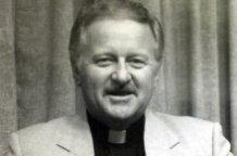 Priest and author Berryman dies
