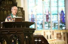 Welby backs airstrikes against ISIS