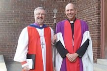 Roman Catholic bishop receives Anglican honour