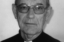 Anglican priest honoured for his commitment to volunteering