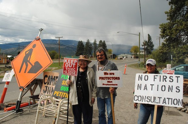 Anglicans join biosolids protest in Nicola Valley