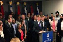 Mayor, faith groups discuss how Toronto can help refugees