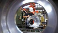 U.S. April factory activity at 6-month low: Markit