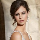 How to pick the perfect accessories for your wedding dress