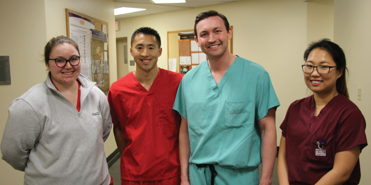 KCU Alum returns to his alma mater along with his fellow residents to practice their surgical skills