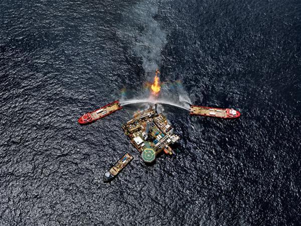 Burtynsky Oil Toronto Edward Burtynsky Oil Spill 5