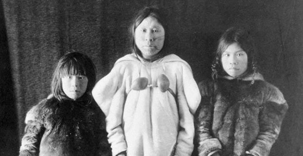 Geraldine Moodie, Inuit Widow and Children (detail), 1904–05