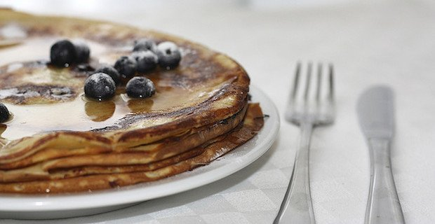 pancakes, blueberries