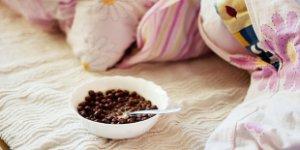 cereal, bed, breakfast