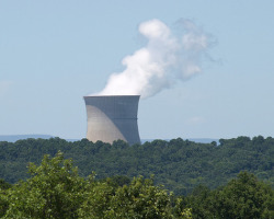 Arkansas Nuclear One power plant. Photo by Topato via Flickr.com.
