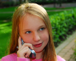 Cell phone use should be minimal for young kids. Photo: Dreamstime.