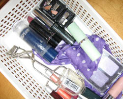 What's in your make-up bag? Naturally Savvy Pauline Caballero Chemicals Organic Skin Care