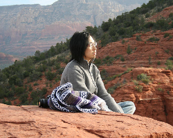 Meditation can help relieve stress. Photo: Toshimasa Ishibashi (iandeth) via Flickr.com.
