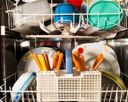 Dishwasher tips, washing dishes, dish detergent dishwasher, natural dish detergent, natural cleaning, dish washing, metal dishwasher