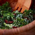 Kale and Bacon Caesar Salad Recipe (With Vegan Option)