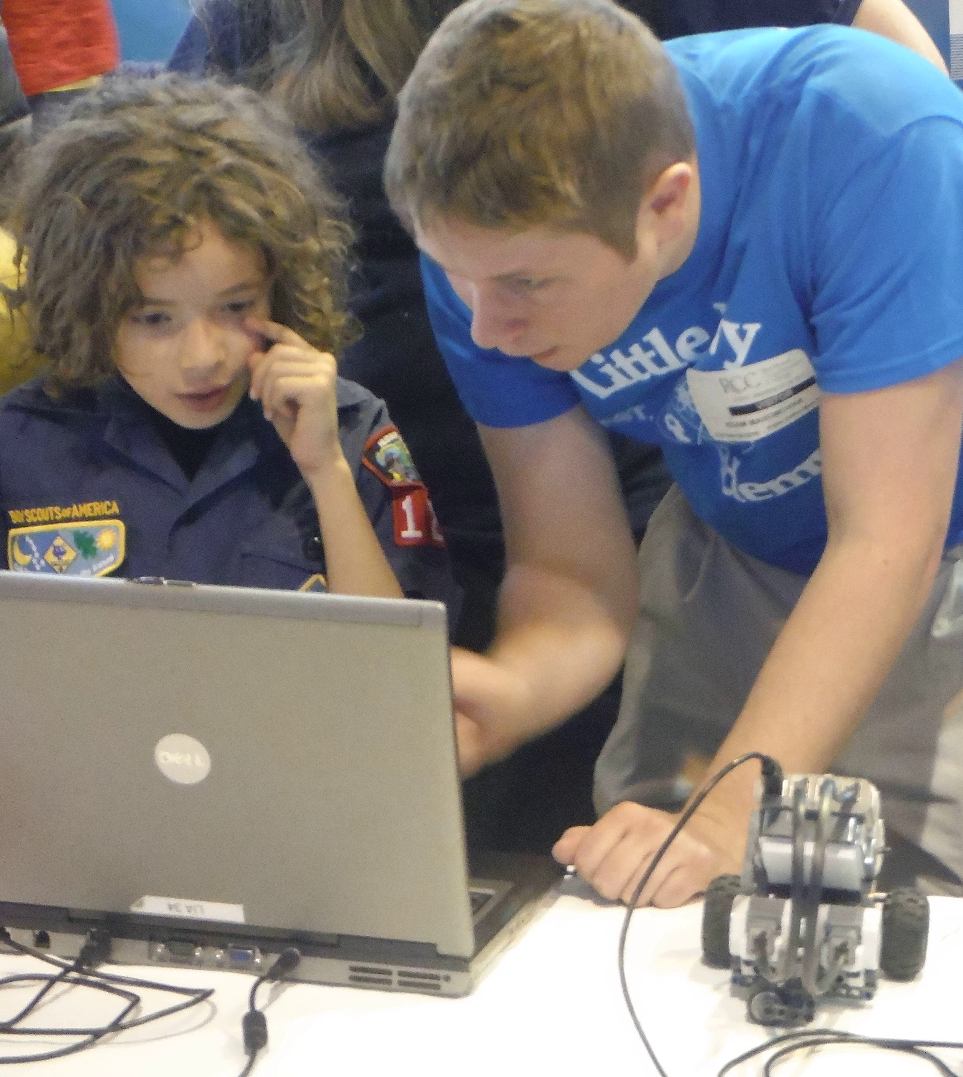 Kids Can Build Robots, Video Games, Spy Gadgets at STEAM EXPO '17