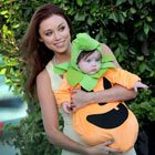 Una Healy and her pretty little pumpkin