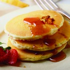Warm Winter Breakfast: Banana-Walnut Pancakes