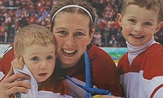 Olympic Hockey Gold Medalist, Becky Kellar   Source For Sports