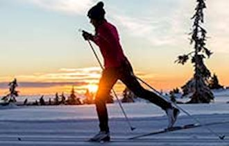 How To Dress For Cross Country Skiing | Source For Sports