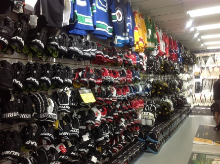 Time Out Source For Sports Vancouver CCM Bauer Hockey Gloves