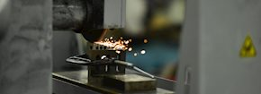 Mechanical equipment for metal cutting and fabrication