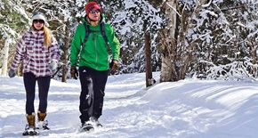 Students snow shoeing