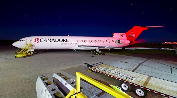 727 Airplane