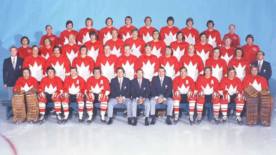 1972 summit series team photo??w=640&h=360&q=60&c=3