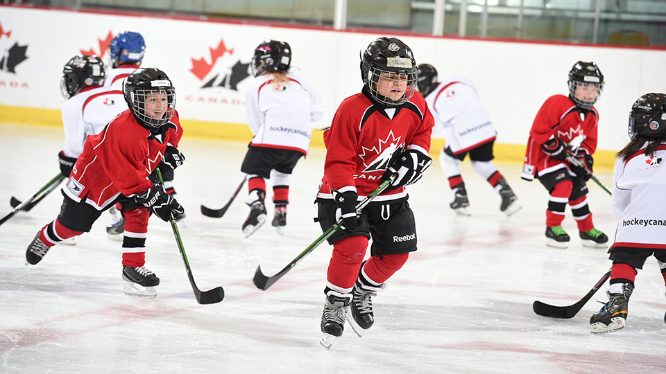 Under-7 Timbits hockey players