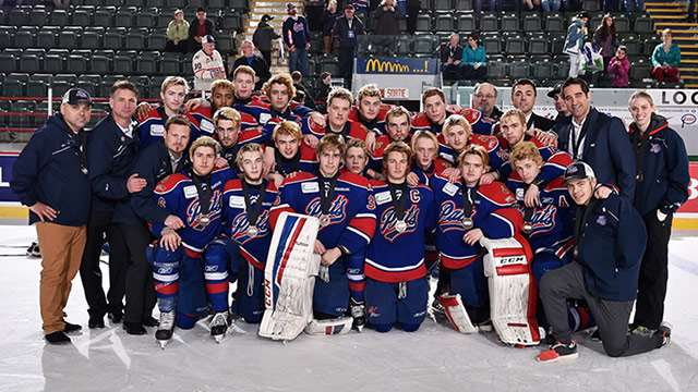 2015 telus cup apr26 regina bronze team pic 640