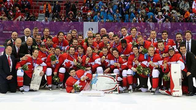2014 olym feb23 canswe gold team photo 640