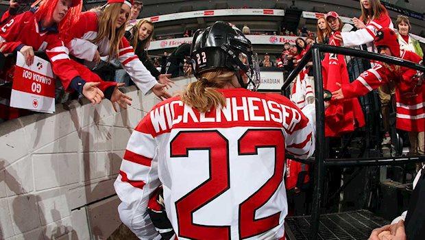 wickenheiser retires