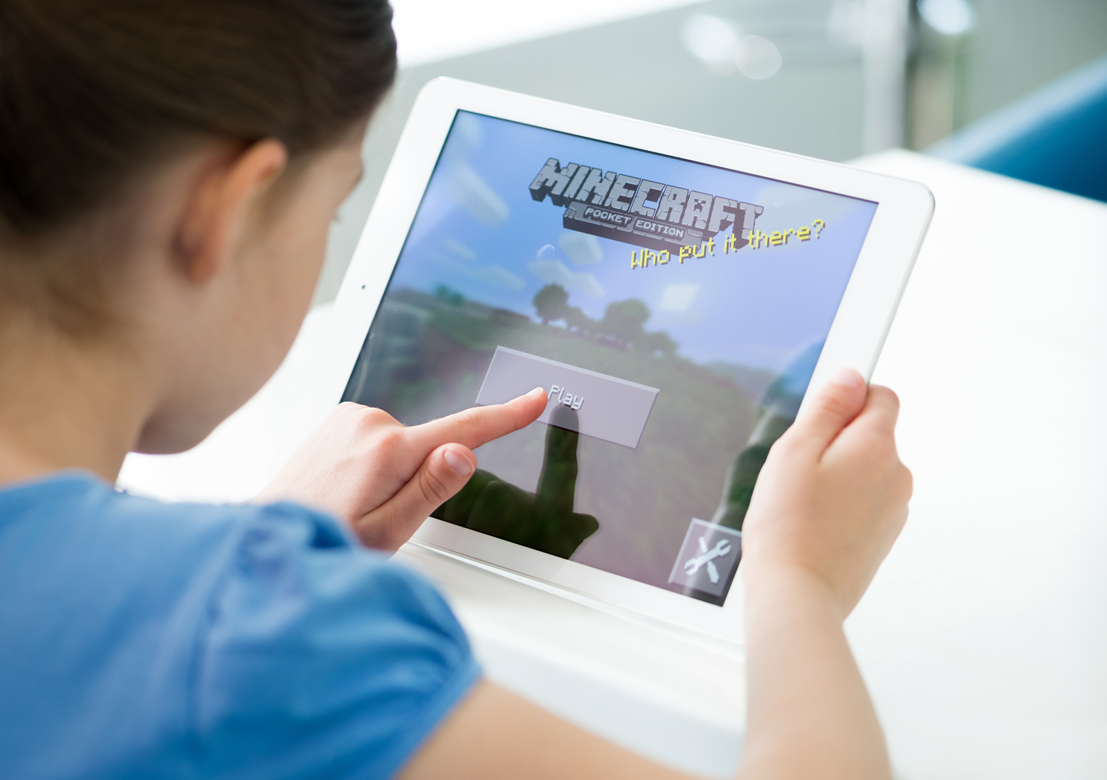 Child Playing Mindcraft
