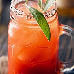 Caesar au whisky et à la sauge