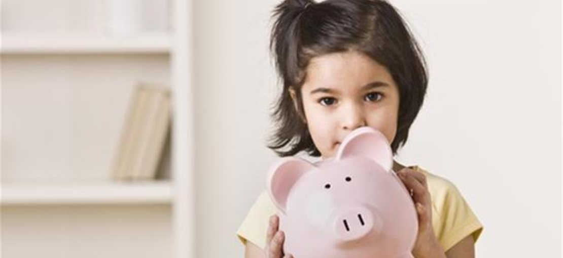 6 Simple Ways to Teach Your Children About Money