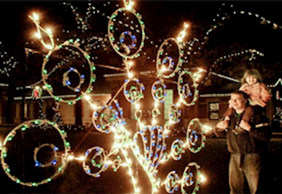 Guide to Christmas and Holiday Lights 2019 in NJ