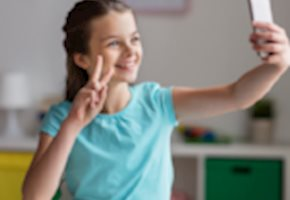 4 Ways Technology Can Help Your Pre-Teen Gain Independence