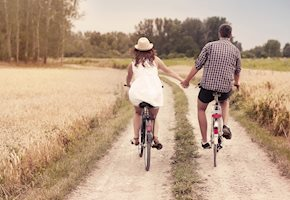 30 Parent Date Night Ideas during COVID-19 – but how?