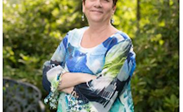 Linda Shields: The Jersey Shore Medium at iPlay America