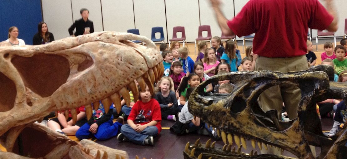Interactive, fun shows on Dinosaurs, Fossils, Minerals & Oceans