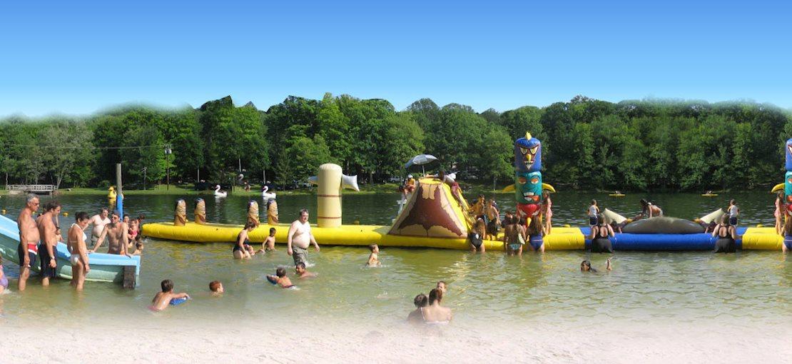Tomahawk Lake Waterpark Fun