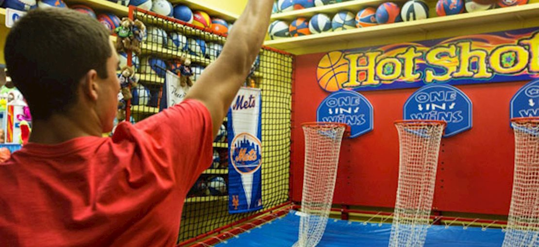 iPlay America: Over 200 cutting edge and traditional arcade games