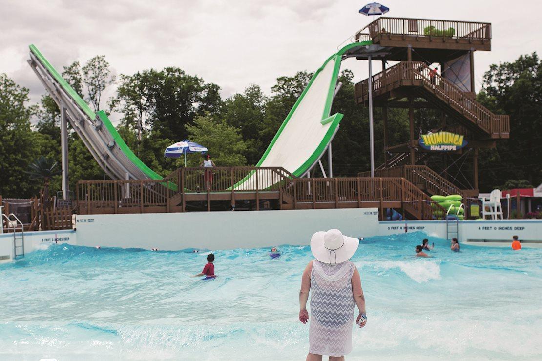 Monster Wave Pool & Humunga Half-Pipe