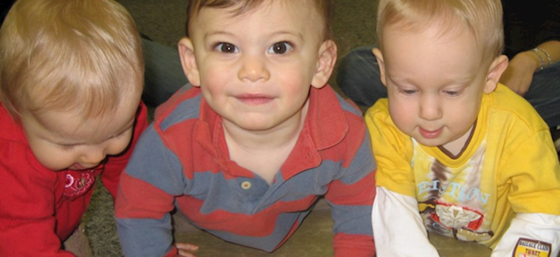 Musical Munchkins offers music classes and music parties for toddlers and children!!