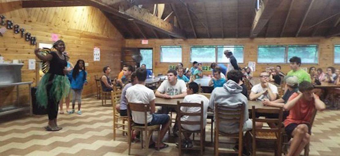 Camp Huntington Cummunal Mealtime