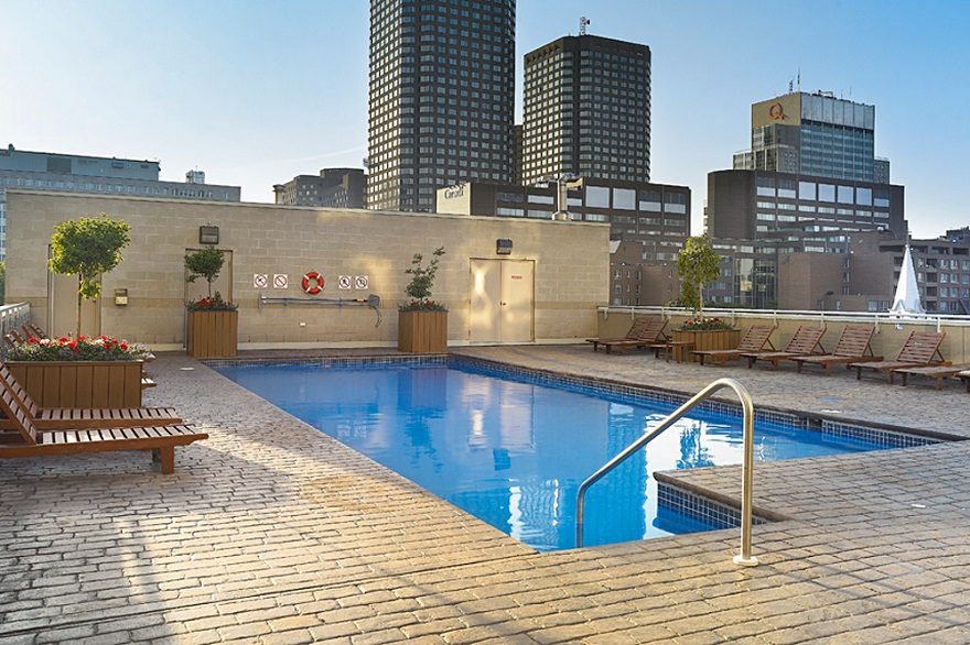 apartment-rental-with-a-pool