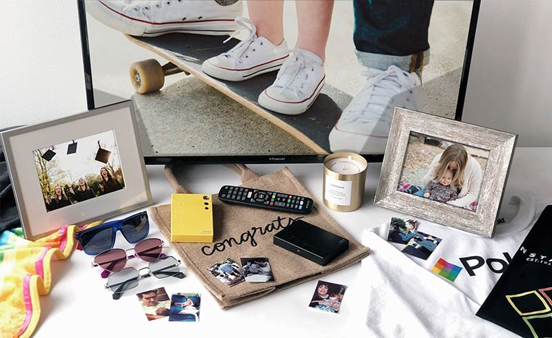 Polaroid Moms, Dads & Grads Sweepstakes prizes