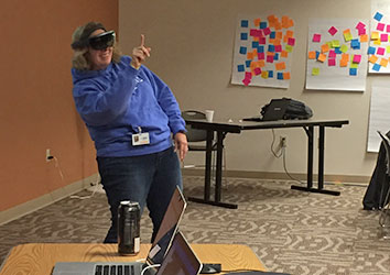 Schneider IT associates experience Virtual Reality